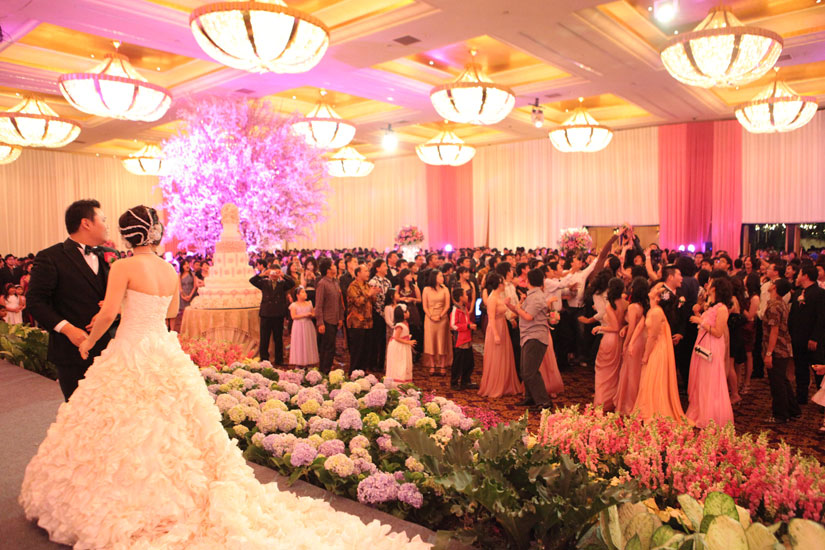 Big enterprise happy wedding for hendra and cindy may your love always grow romantically towards each other junglespirit Images